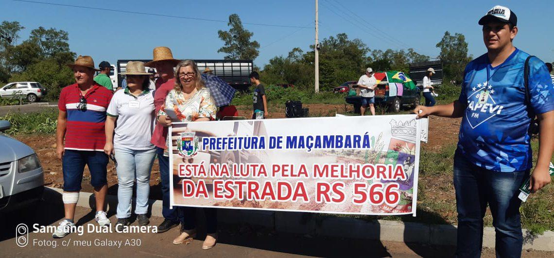 Ouça o comentário da Elaine Londero da Diretoria da  Associação de Desenvolvimento de Moradores de Maçambara Alegrete e Itaqui (AMMAI) sobre o Protesto da RS 566