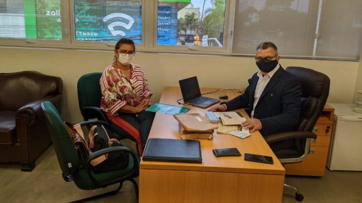 Irga recebe visita da presidente da Associação dos Arrozeiros de Alegrete